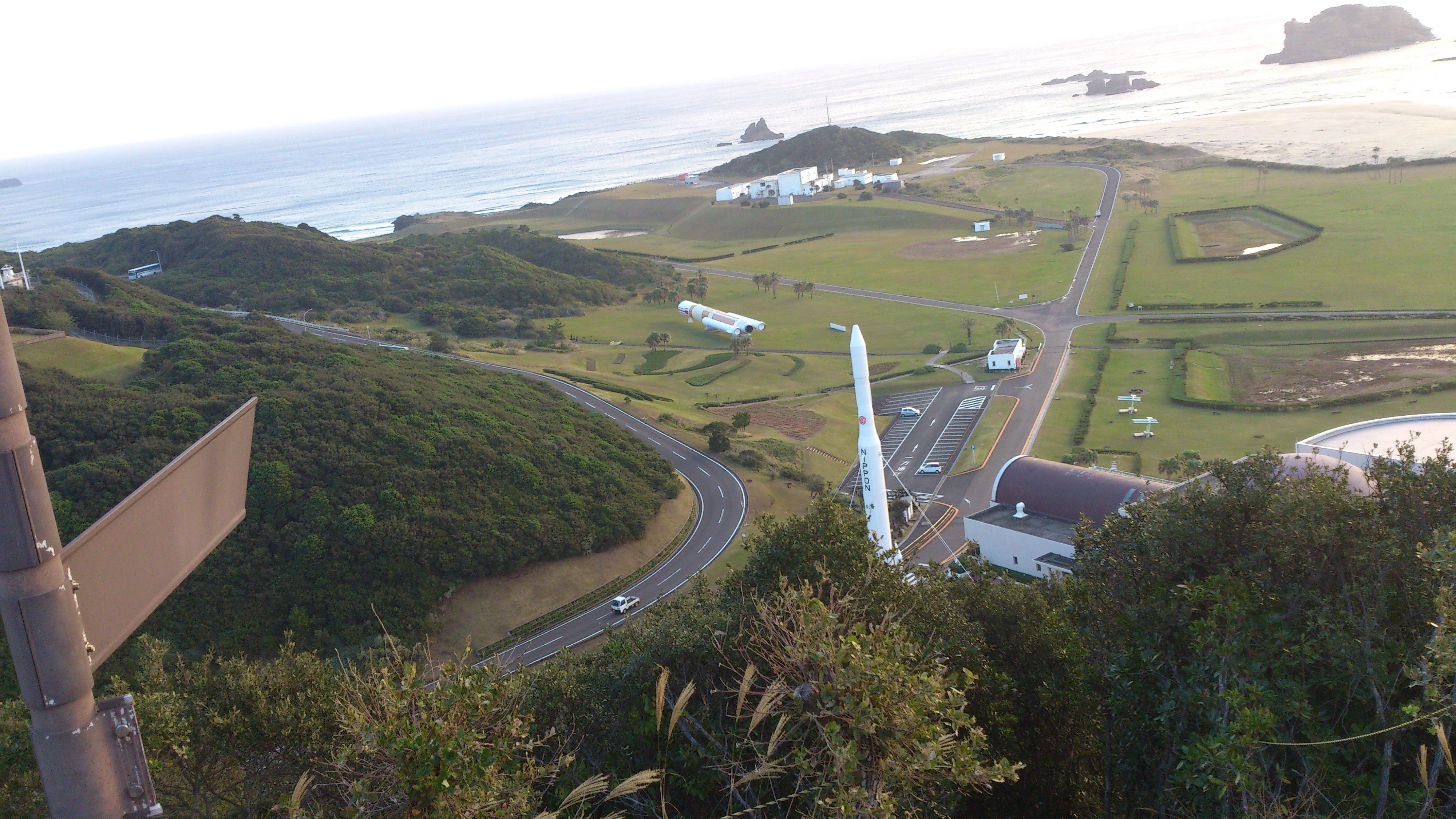 2012年12月。僕は種子島を一人で旅した:少し角度を変えて宇宙ステーション近辺を撮影