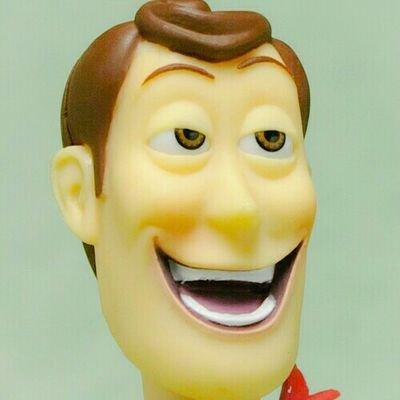 採血で笑う、気まずい時にニヤけるのは病気か?