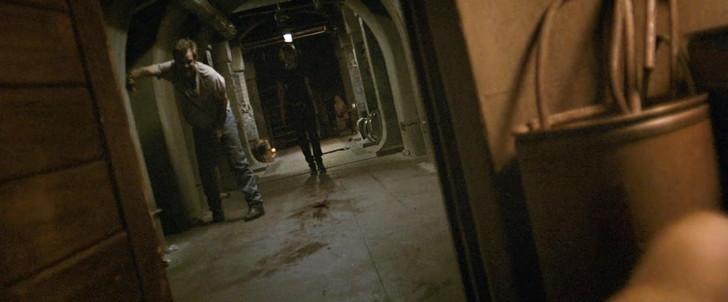 【80点】終末後のシェルターでの共同生活「ディヴァイド」感想:ジョシュを追い詰めるミッキー