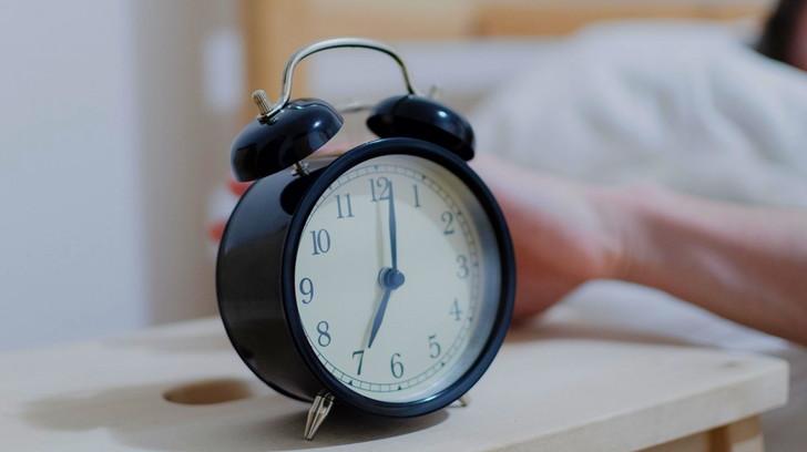 朝が苦手だけど「半起き」を取り入れてから得意になった