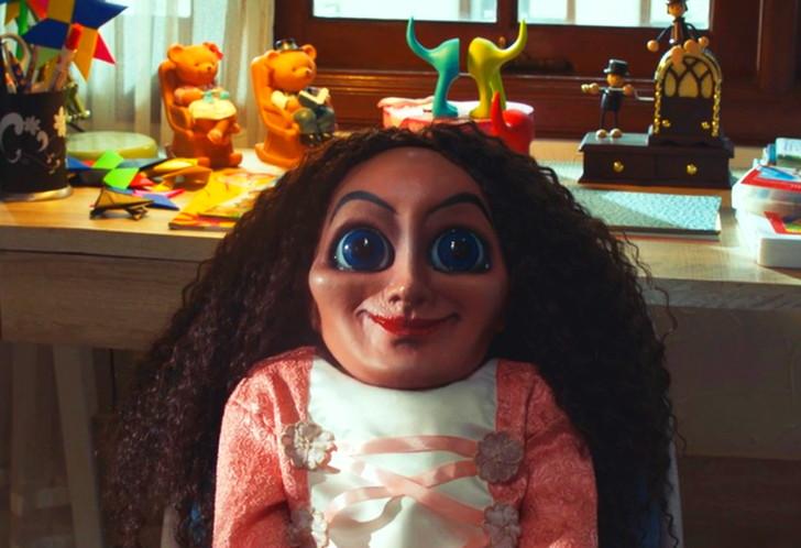 【50点】霊媒師夫婦と悪魔の死闘「サブリナ 人形の悪夢」評価と感想【Netflix】