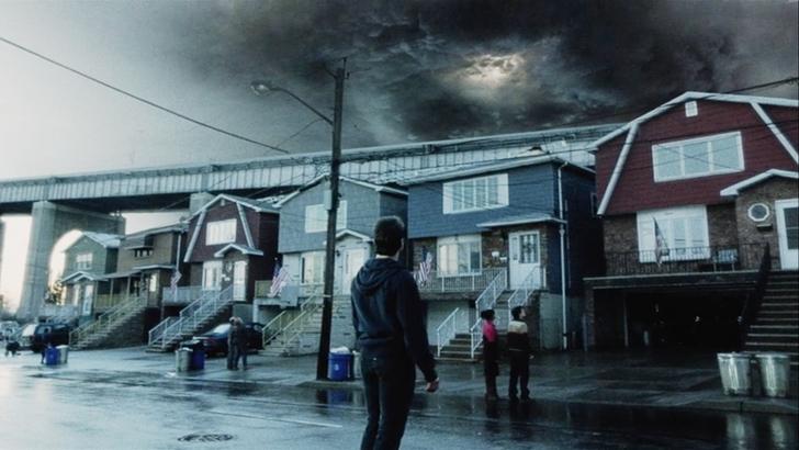映画「宇宙戦争(2005)」感想。10回見ても全然飽きない: 嫌な予感全開の嵐