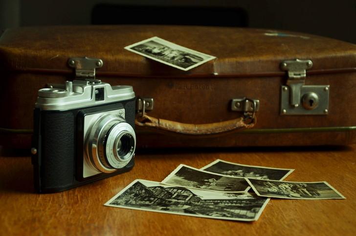 思い出の品を捨てる時とても寂しくなるが、それでも僕は断捨離する
