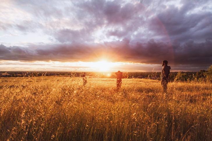 受け身な状態で「素晴らしい朝」「冒険心」を感じるのが正解